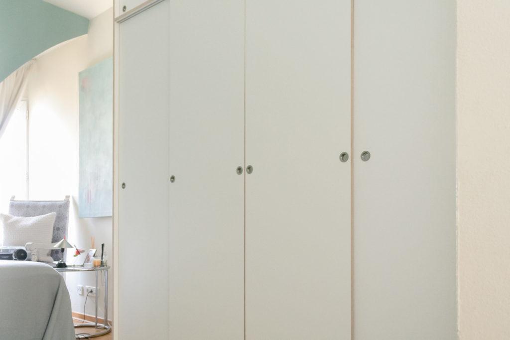 Kleiderschrank für das Schlafzimmer - Möbel nach Maß von Inlignum Möbel