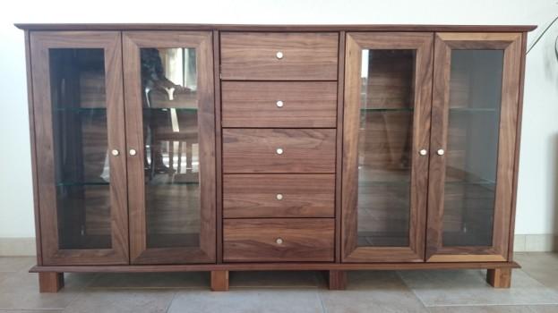 Individuelle Kommoden aus Massivholz nach Maß von Inlignum Möbel