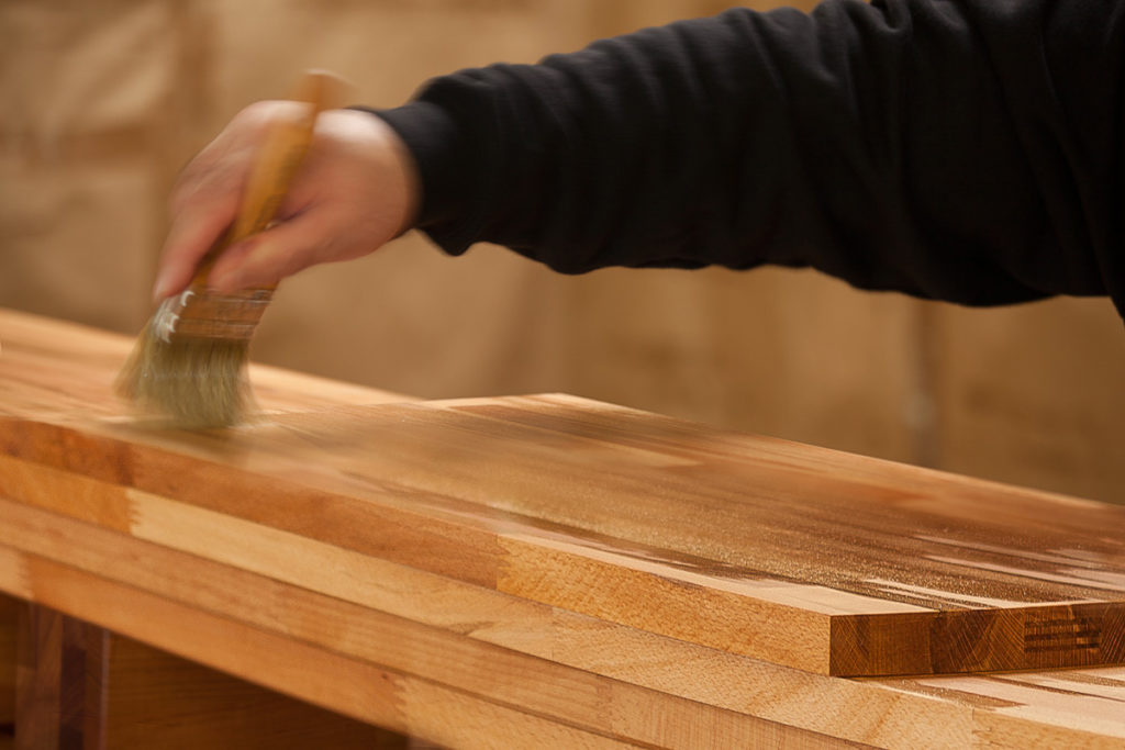 Holzmöbel richtig pflegen - Öl