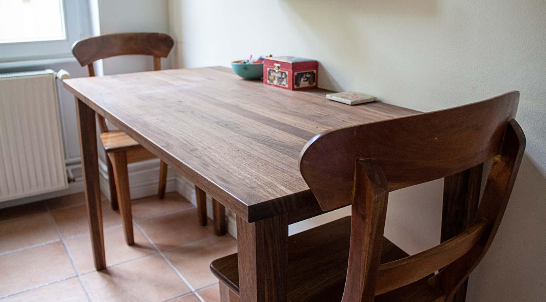 tisch nach ma in der k che wohnideen inlignum m bel. Black Bedroom Furniture Sets. Home Design Ideas